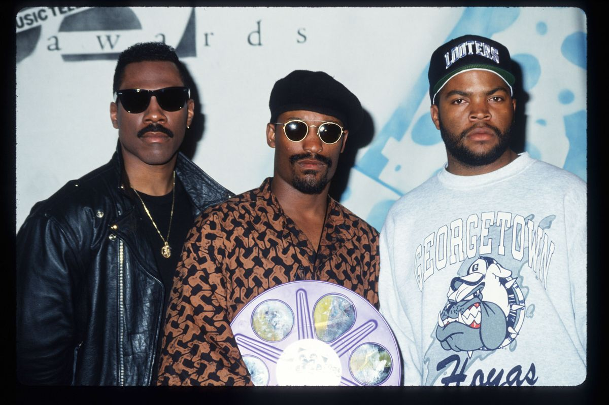 Ice Cube Didn't Smile During His First MTV Movie Awards -- But He'll Have To This Year