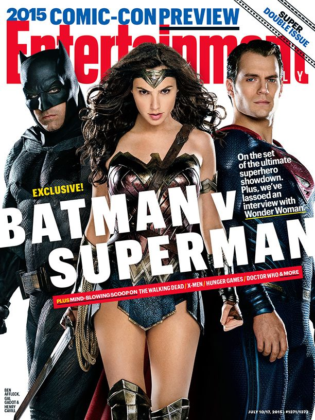 'Batman V Superman': Batman And Wonder Woman Get Super Close In These Awesome New Pics