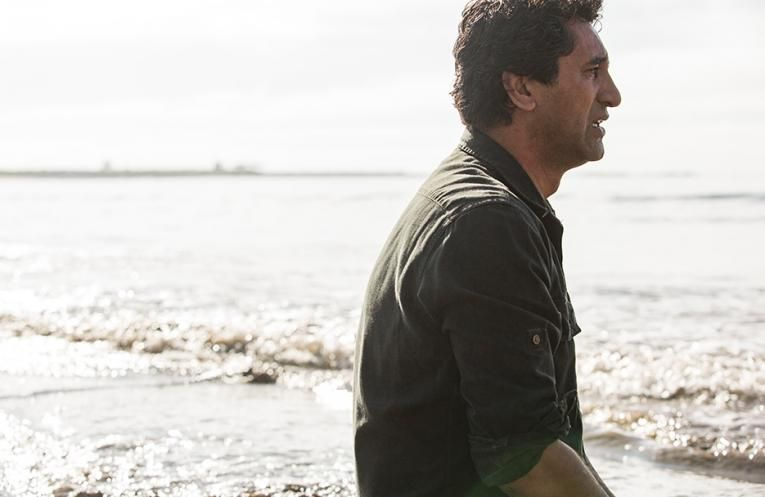 'Fear The Walking Dead' Star Cliff Curtis Is Ready To Fight Some Zombie Pirates
